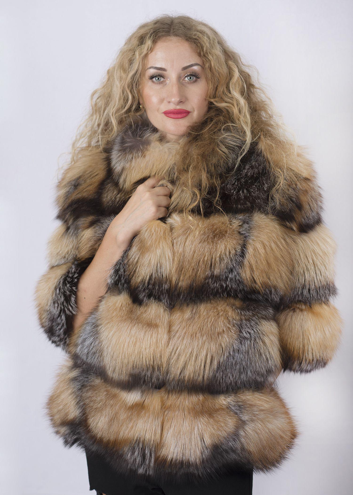 Шуба женская из лисы- 65 фото №1