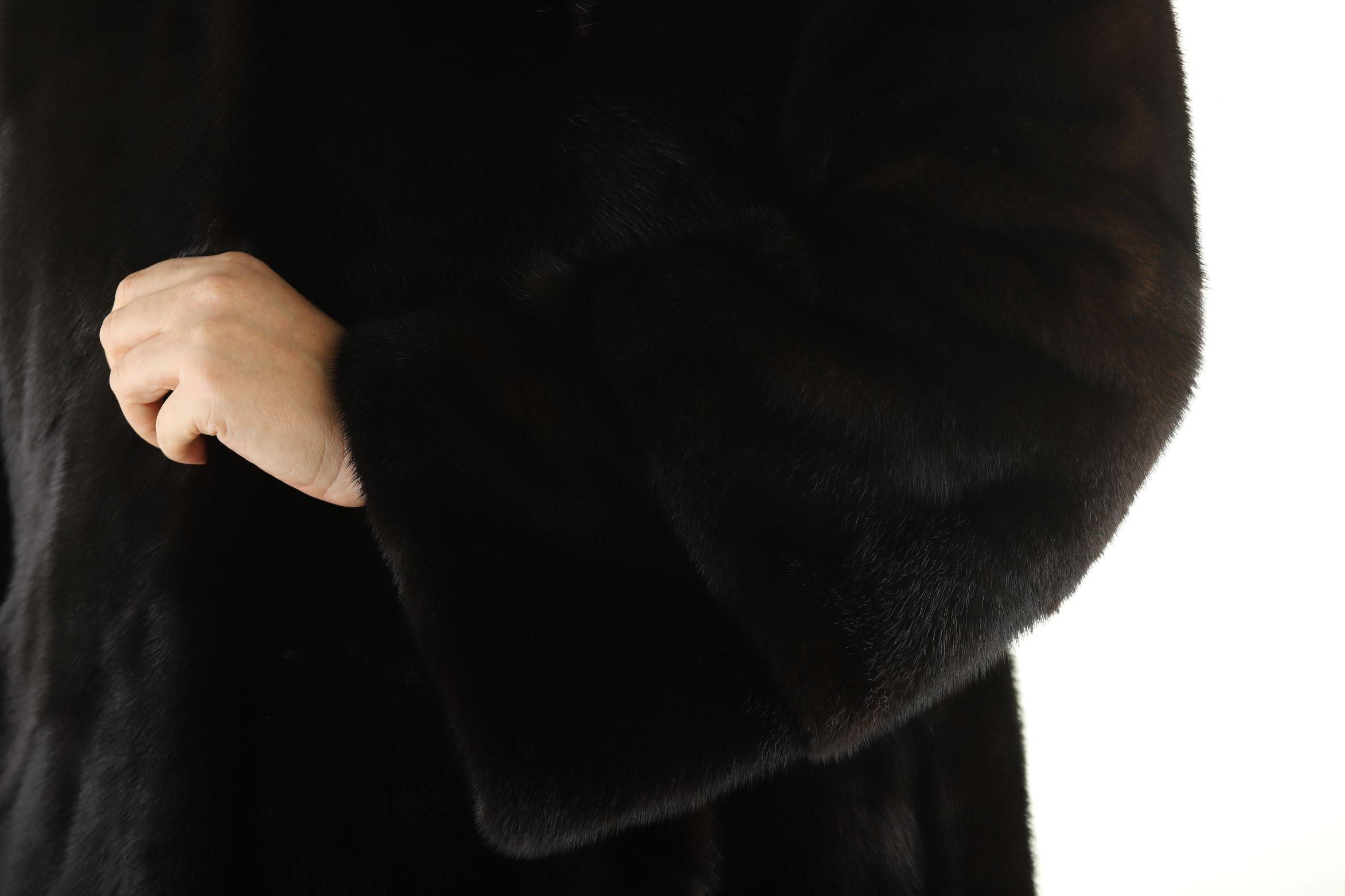 Шуба женская норковая 12228 фото №1