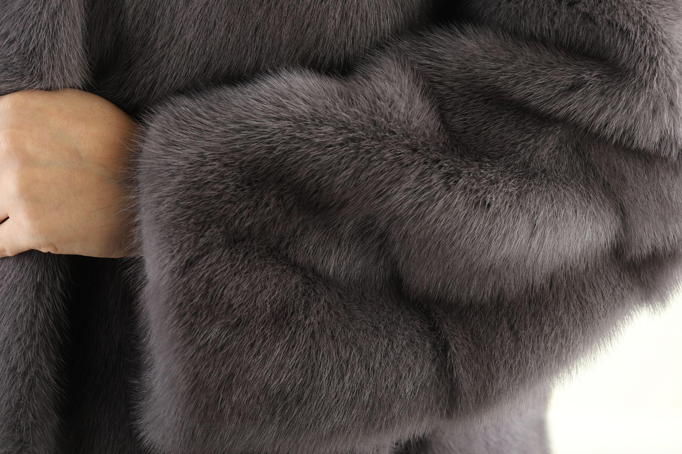 Шуба женская норковая 18365 фото №1