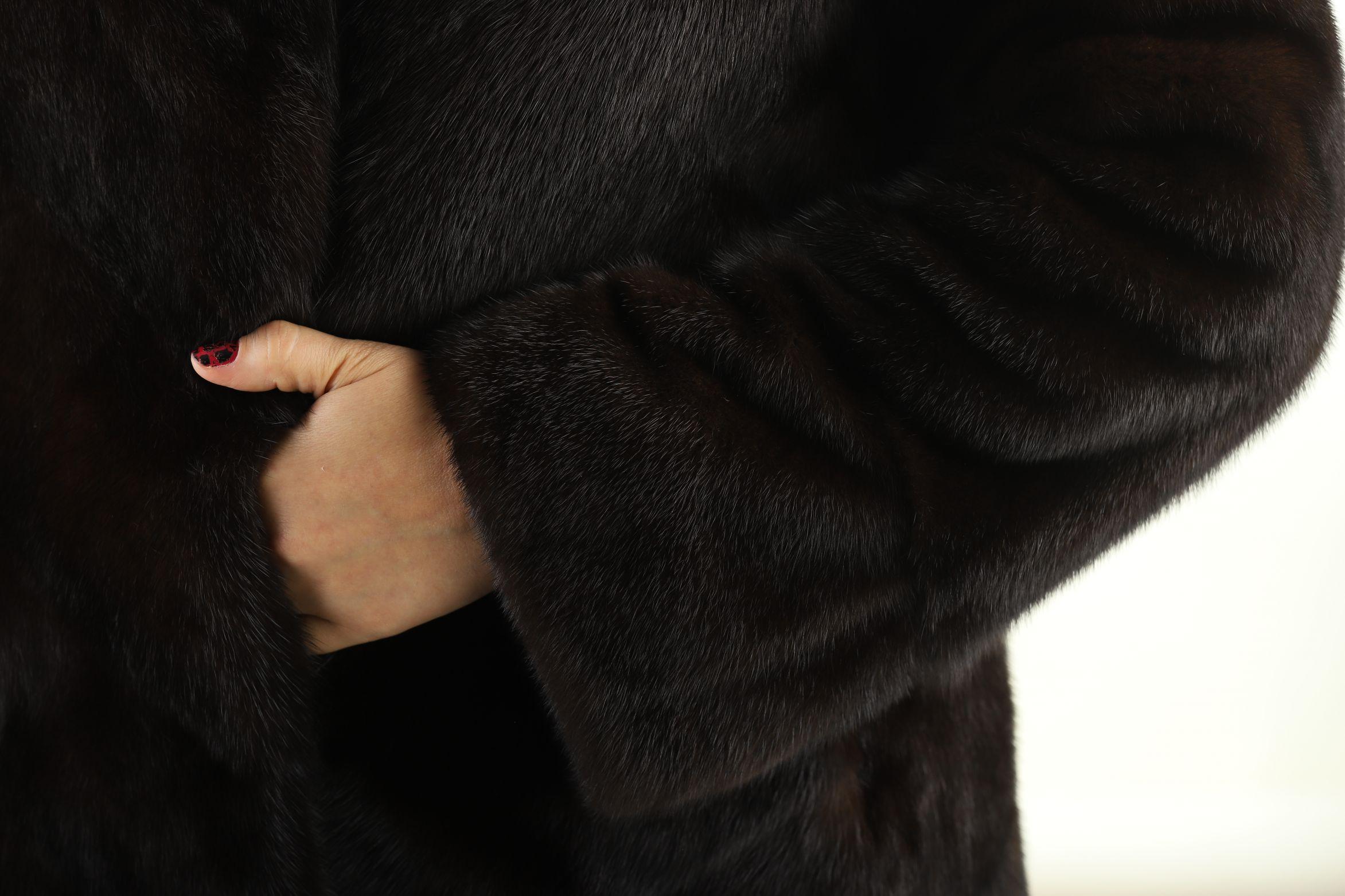 Шуба женская норковая 12236 фото №1