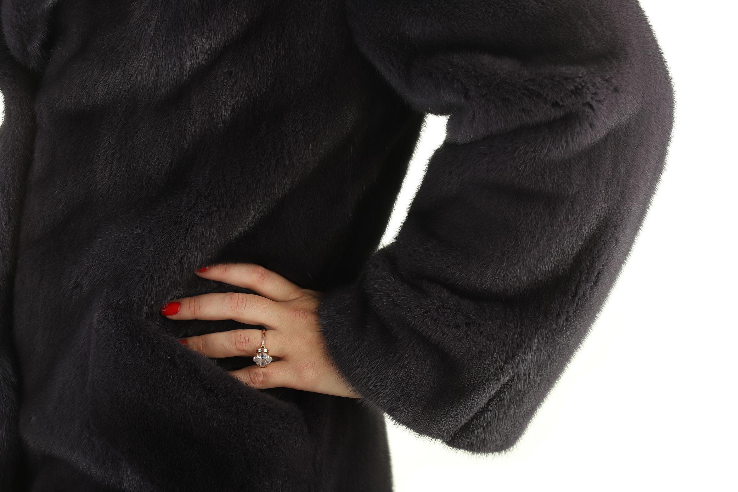 Шуба женская норковая 12199 фото №1